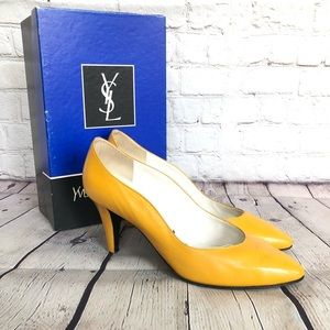 YSL vintage 90's yellow leather heels / pumps